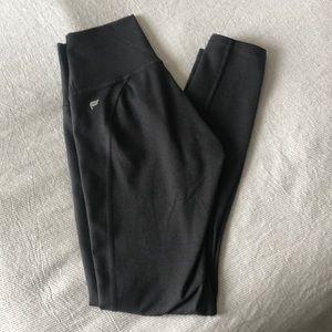 Fabletics Powerhold 7/8 leggings
